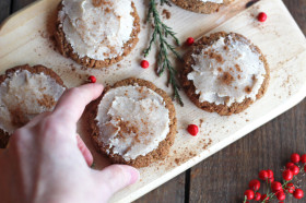 aaa-iced gingersnap cookie hand